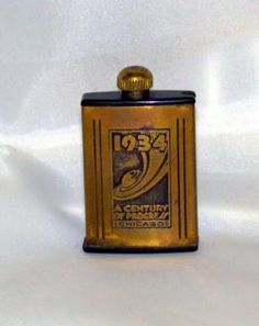 icollect247.com Online Vintage Antiques and Collectables - 1934 Chicago Worlds Fair Lighter Souvenir