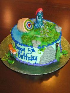 Brave Merida Birthday Cake Merida Cake, Merida Dress, 3rd Birthday, Birthday Cakes, Birthday Ideas, Birthday Parties, Brave Merida, Disney Movie Characters, Fun Cakes