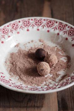 Le Passe Vite: Trufas de Chocolate e Avelãs :: Chocolate Hazelnut Truffles