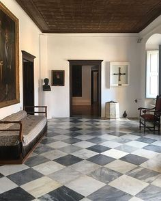 Checkered floors just happen to be in many interior situations that blow my mind. Home Interior Design, Interior And Exterior, Interior Decorating, Interior Livingroom, Floor Design, House Design, Checkerboard Floor, Checkered Floors, Floor Plan Layout