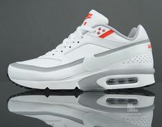 """The Nike Air Classic BW is the less heralded cousin of Air Max 1 and 90 models, one of the first runners to feature a visible Air sole unit (""""BW"""" is, of Best Sneakers, Casual Sneakers, Air Max Sneakers, Sneakers Fashion, Sneakers Nike, Air Max Classic, Steel Toe Work Shoes, Nike Headbands, Nike Runners"""