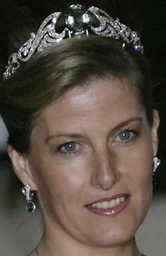 This tiara on the Duchess of Wessex converts to a necklace...