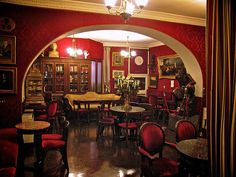 Cafe Greco Rome, one of Rome's oldest Cafes located on the Via Condotti
