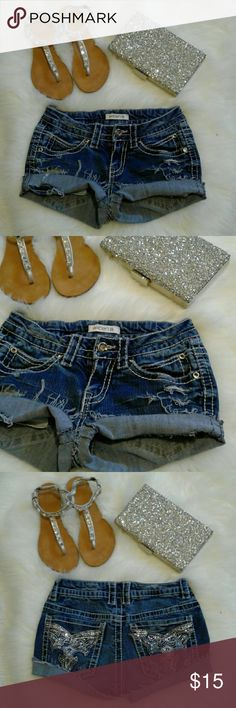 """Arden B. BLING Distressed Jean Shorts Excellent rebuild condition  98% cotton-2% spandex 6 pockets-zip up fly-button closure Waist: 12.5"""" (relax) laying flat from left to right Length: 8"""" (folded) 10"""" (frayed) Wear 2 ways FOLDED or FRAYED for 2 DIFFERENT looks Arden B Shorts Jean Shorts"""