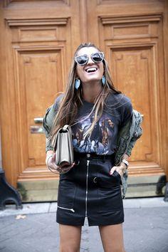 fashion-moda-paris-pfw-isabel-marant-leather-falda-piel-camiseta-rockera-golden-boots-celine-bag-bolso-bomber-iro-bartabac-blog-fashion-silvia_-21-1.jpg (1200×1800)