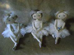 trois petites ballerines