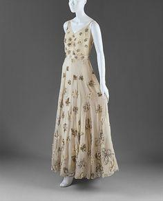 Dress    Mainbocher, 1939