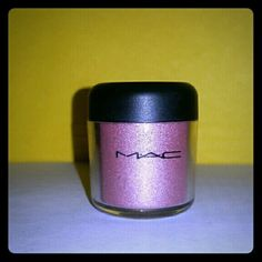 MAC Pigment Color Powder Color is DA BLING MAC Cosmetics Makeup Eyeshadow
