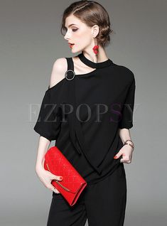 Chic O-neck Off Shoulder T-shirt Womens Fashion Stores, Fashion Sites, Off Shoulder T Shirt, Trendy Outfits, Fashion Outfits, Diy Clothes, Clothes For Women, Athleisure Fashion, Western Dresses