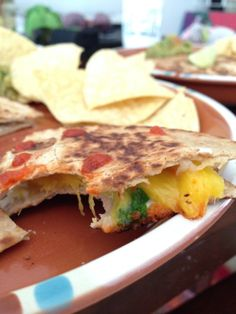 Simply awesome pan fried quesadilla! Carb balance tortillas, with mango, soft goat cheese and cilantro (sprinkle chili powder). Add your favorite hot sauce (sriracha is great with goat cheese!) and enjoy! #easygourmet #healthyfood