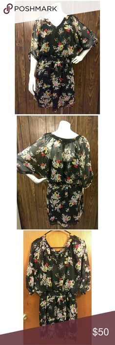 🍒 EXPRESS🍒 Black Floral Cinch waist dress sz S Excellent pre-loved 💖 condition Black dress with floral design. Stretch mid section provides additional comfort. Measurements are: Express Dresses Midi