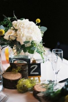 RECEPTION❁:centerpieces  another idea- love the dusty's and again I would do wooden numbers with gold and sparkle(gold obv,) spray painted!