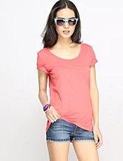 Couleur de la sucrerie des femmes à manches courtes avec encolure dégagée T-shirt
