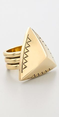 Engraved Faceted Pyramid Cocktail Ring