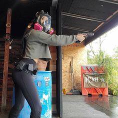 White Face Mask, Full Face Mask, Gas Mask Girl, Respirator Mask, Tactical Survival, Military Girl, N Girls, Guns, Female