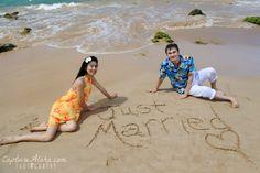 Maui Honeymoon ideas, Beach Pictures, couples photos, maui photographer, www.capturealoha.com
