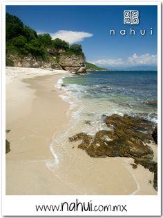 ¿Qué más puedes pedirle a la naturaleza? en Nahui de Riviera Nayarit disfruta de la inmensidad del mar y de la buena compañía.