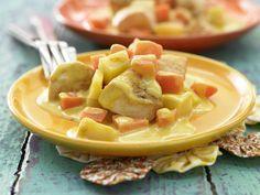 Zu Ostern: Häschens Hähnchen-Curry mit Kartoffeln und Möhren - smarter - Kalorien: 451 Kcal - Zeit: 15 Min.   http://eatsmarter.de/rezepte/haeschens-haehnchen-curry