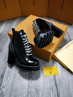 The BEST Louis Vuitton Boots Counter Quality Replica Available Online! Experience the Designer Discreet difference by shopping with us today! Heels Outfits, Shoes Heels Boots, Heeled Boots, Louis Vuitton Boots, High Heel Sneakers, High Heels, Boots 2017, Aesthetic Shoes, Sneaker Boots