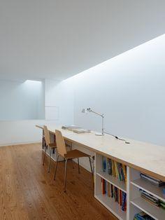 Gallery of House in Preguiçosas / Branco-DelRio Arquitectos - 14