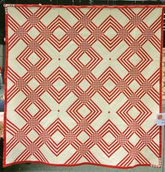 """""""Chemins Creux"""" by Marie Baraer, as displayed at the Veldhoven quilt expo."""