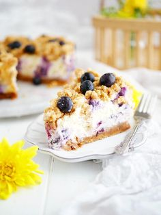 Krämig blåbärscheesecake med havresmul – My Kitchen Stories No Bake Desserts, Dessert Recipes, Grandma Cookies, Food Porn, Good Food, Yummy Food, My Best Recipe, Something Sweet, Bakery