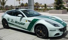 Dubai's police car #Ferrari