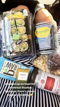 Road trip snacks Road trip snacks Informations About Road tr Healthy Meal Prep, Healthy Snacks, Healthy Eating, Whole Food Recipes, Vegan Recipes, Road Trip Snacks, Food Goals, Aesthetic Food, Food Inspiration