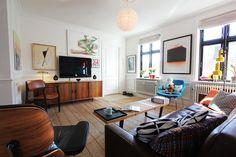 Really cool mid century modern living room