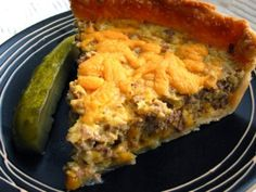 Cheeseburger Quiche - This Cheeseburger Quiche is not a low-carb and crustless quiche. This is quiche the way quiche was intended in my opinion. It imitates a cheeseburger so it's not diet friendly. Bisquick Recipes, Quiche Recipes, Meat Recipes, Dinner Recipes, Cooking Recipes, Dinner Ideas, Supper Ideas, Lamb Recipes, Recipes