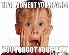 Home Alone horror comedy: Macaulay Culkin reprises role of Kevin.: Home Alone horror comedy: Macaulay Culkin reprises… The Velvet Underground, Home Alone, Bts 2017, 90s Kids Movies, Funny Movies, Cartoon Movies, Comedy Movies, Film Trailer, Kevin Mccallister