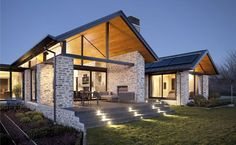 Wanaka House by Mason & Wales Architects Exterior Tradicional, Contemporary Architecture, Exterior Design, Modern Farmhouse, Outdoor Living, House Plans, New Homes, House Styles, Lake Wanaka