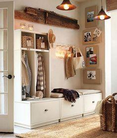 Дизайн коридора в квартире  большие ниши под обувь, светильники