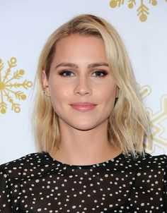 Claire Holt at the Brooks Brothers Holiday Celebration With St. Jude Children's Research Hospital, Beverly Hills December, Claire Holt, Hollywood Arts, Beautiful Hair Color, Female Fighter, Hayley Williams, Celebrity Makeup, Kate Hudson, Famous Celebrities, Perfect Woman