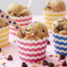 Easy Edible Cookie Dough Recipe | Wilton Cookie Dough Recipes, Edible Cookie Dough, Chocolate Chip Cookie Dough, Wilton Cake Decorating, Edible Cookies, Sugar Cookies Recipe, No Bake Desserts, Dessert Recipes, Dessert Ideas