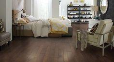 Great contrast between furniture and floor