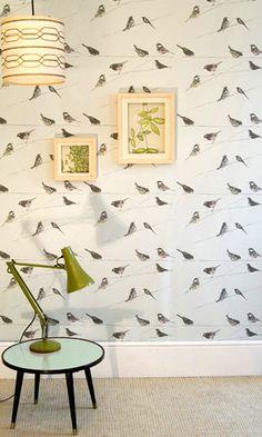 Beställ tapeten Garden Birds blå/grön/turkos från Louise Body®