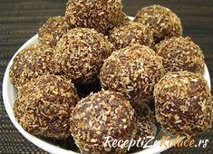Kuglice sa smokvama i orasima http://www.receptizakolace.rs/kolaci-recepti/sitni-kolaci-recepti/29-kuglice-sa-smokvama-i-orasima
