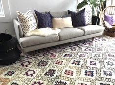 if there's ever a pair that are meant to live happily ever after together it's this Moroccan rug and those Indonesian ikat pillows