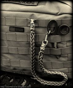 'Rose' skull paracord lanyard... | Flickr - Photo Sharing!