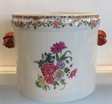 Vista Alegre  Mottahedeh Chinese Porcelain Cache Pot Jardenier Winterthur