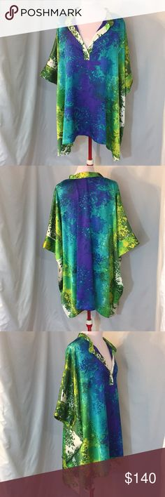 Natori Floral Tunic Pancho Authentic  Natori  Size 3x Originally $300 Excellent condition  Floral, tunic, pancho **CA070 Tops Tunics