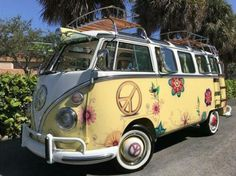1975 Volkswagen Bus Vanagon Deluxe Samba for Sale. A 1 OF A KIND CAMPER BUS, Simply Gorgeous! #VolkswagenBus #1975VolkswagenBus #VolkswagenBusSamba #Samba