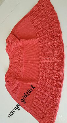 Discover thousands of images about İlknurThis post was discovered by nezahat akoglu.) your own Posts on loops start 3 rows haroşa: 8 pat bites a plain knit dolla a plain knit dolla 2 knitting a knit 2 knit reverse knit until the end of t Crochet Cardigan Pattern, Crochet Shawl, Crochet Baby, Knitting For Kids, Baby Knitting Patterns, Knit Basket, Knitted Coat, Clothes Crafts, Baby Cardigan