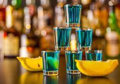 Zdjęcie 8 pysznych i prostych drinków na sylwestra! #8 Blue Curacao, Pina Colada, Impreza, Food And Drink, Drinks, Party, Ideas, Recipes, Beverages