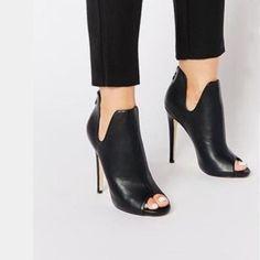 Image 1 - Truffle Collection - Rita - Bottines peep toes à talons - Heeled Shoes Peep Toe Heels, High Heels Stilettos, High Heel Boots, Shoes Heels Boots, Heeled Boots, Bootie Boots, Shoes Sandals, Women's Booties, Heeled Sandals