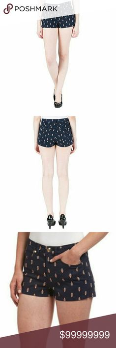 """NEW🌺JUICY COUTURE REGAL GARLAND PAISLEY SHORTS These JUICY COUTURE(Black Label)shorts flatter your natural waistline with a high-rise design and stretch-kissed💋denim that conforms to your curves❗  Zip front with 'Juicy' logo button closure, five-pocket styling, goldtone hardware with the 'JC' logo and a rhinestone💎stud on the right front pocket.  Inseam 1-1/2""""...98% cotton 2% elastane.  *Comes in the original retail packaging.   💙~RICH REGAL NAVY~💙 JUICY COUTURE Shorts Jean Shorts"""