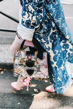 pfw-paris_fashion_week_ss17-street_style-outfit-collage_vintage-louis_vuitton-miu_miu-117