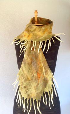 """Cachecol de Felting """"medusa"""" em lã merino"""