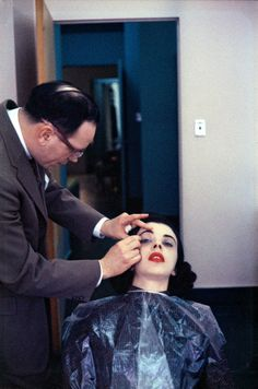 Inge Morath (1923–2002) …Helena Rubinstein Beauty School … New York City, USA … 1958 …